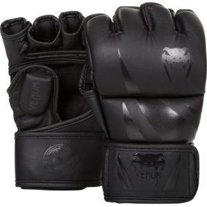 Venum-challenger--glove